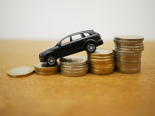 По условиям переплаты можно определить самый выгодный автокредит